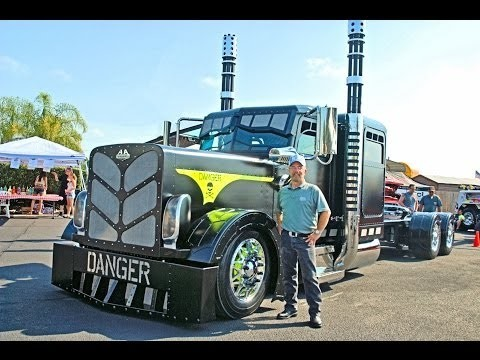 2014 A Custom BIG RIGS video's 75 Chrome Shop, Custom Truck Show, Part 1